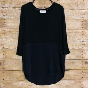 Two by Vince Camuto M tunic 3/4 sleeve hi low